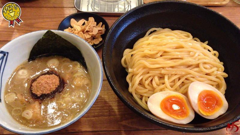これが博多最高峰の本場、関東系つけ麺!!!