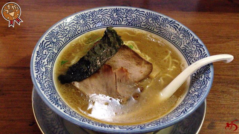博多中華そばのルーツ。魚介が沁みる滋味溢れるスープ