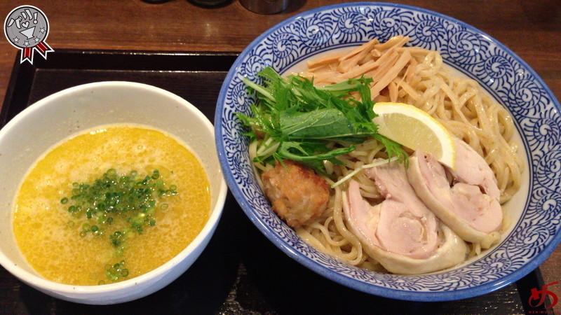 比内地鶏の旨味と薫り♪和出汁でキレを加えた鶏白湯つけ麺