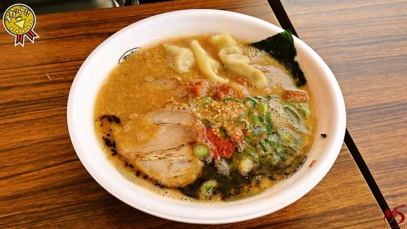 いつもと全く異なる魅力♪醤油を存分に楽しめる豚骨スープ