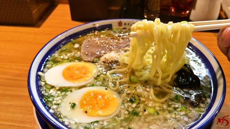 仙台牛タンねぎ塩ラーメン 㐂蔵 (6)