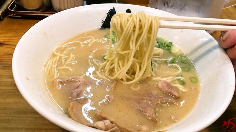 博多ラーメン 膳 天神メディアモール店 (3)