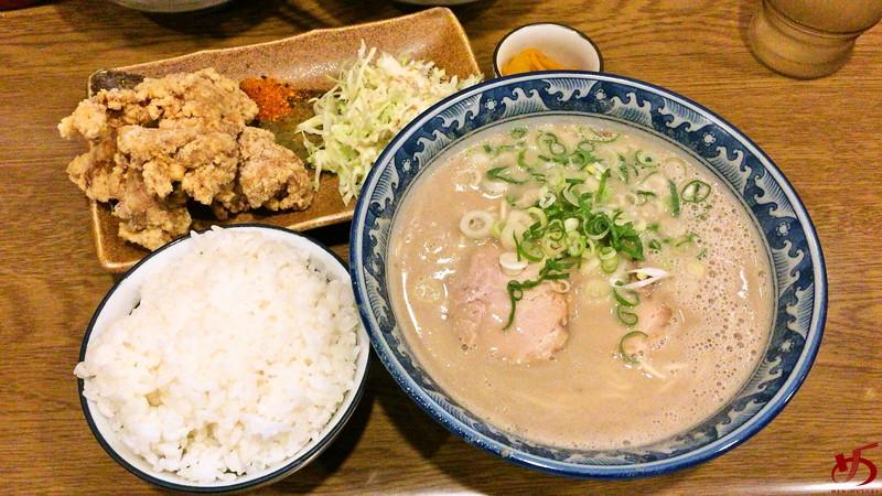 博多ラーメン げんこつ (3)