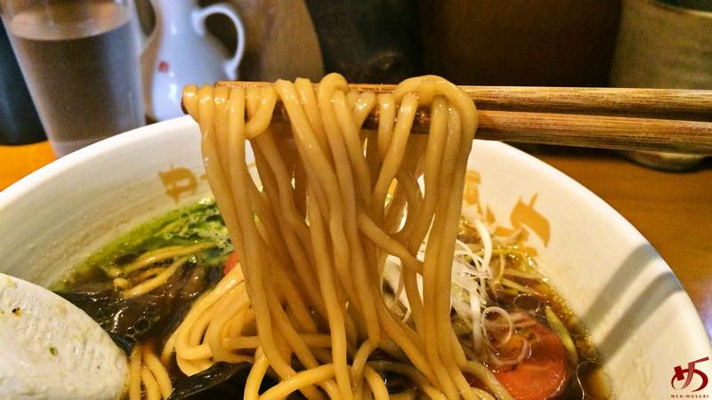 バルサミコ醤油ラーメン (4)